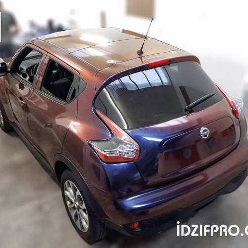 Total covering sur Nissan Juke avec film Colorflow
